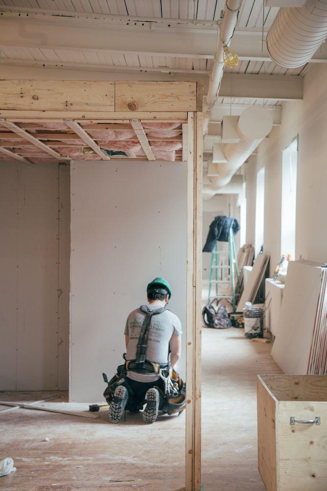 Er du ude efter en tømrer i Hobro?