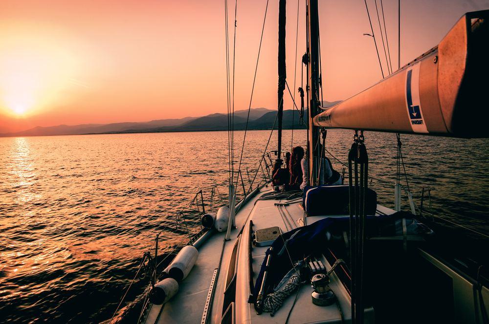 Gør båden klar til sejlads med den rette bundmaling